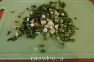 салат с редиской и перепелиными яйцами