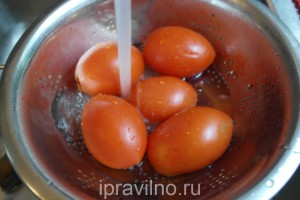 суп с фаршем, капустой и помидорами