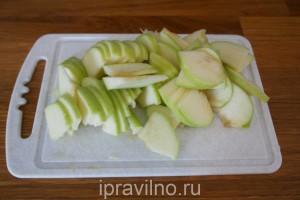свиной карбонад с яблоками и горчицей