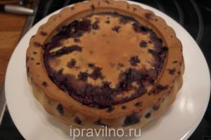 пирог на кефире с черникой