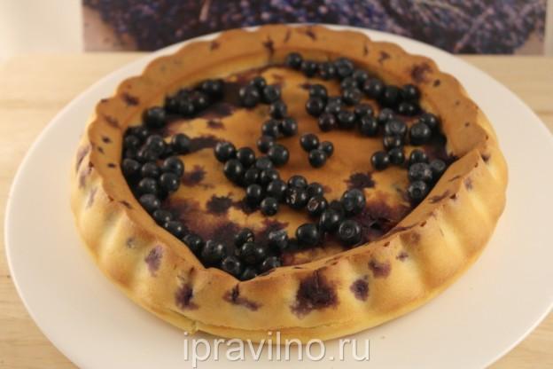 Пирог с черникой на кефире в духовке рецепт