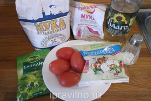 галеты с помидорами и моцареллой