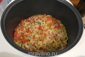 рис акватика с помидорами и сладким перцем