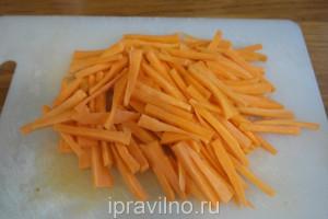 куриное филе с морковью и карри