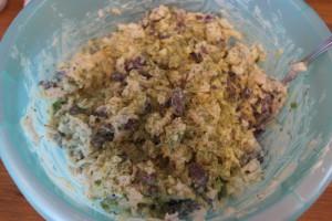 Салат Нажористый (с фасолью и сухариками)