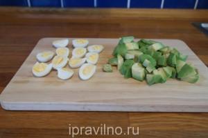 овощной салат с кедровыми орехами
